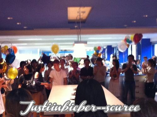 Justin a fait des nouvel photo pour le magazine Q