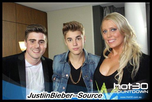 Justin au BieberLive Red Carpet .