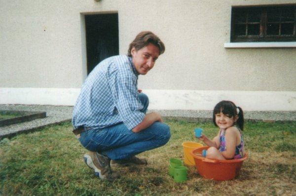 Papa le 09/05/2005 . </3