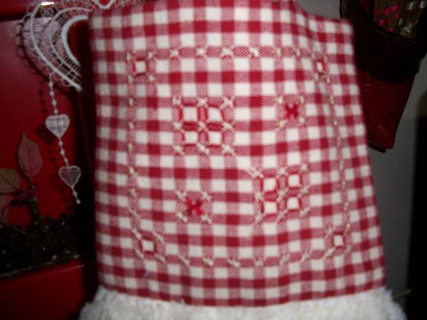 broderie suisse  et serviettes  de cuisine