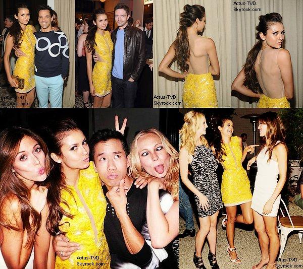 Le 10 août, Nina Dobrev, Candice Accola et Steven McQueen ont assisté à la soirée Cosmopolitan en l'honneur de la couverture de notre petite Nina. Ils ont ensuite été rejoints par Kevin Williamson et Kayla Ewell (Vicki). Nina a une coiffure sublime :)