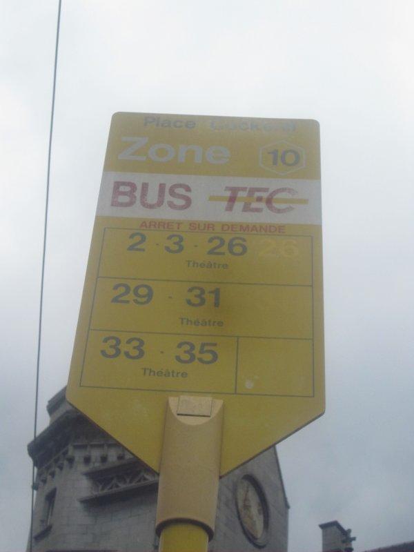 Arrêt de bus dans la province de Liège