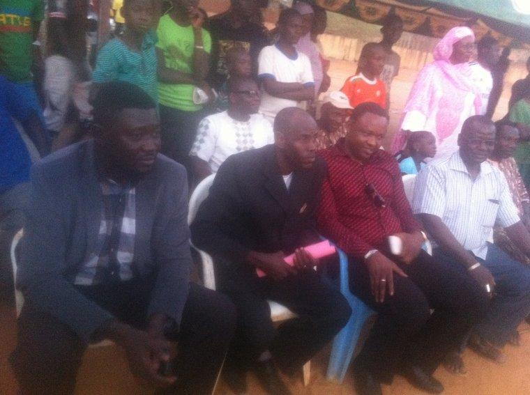 Quelques images des responsables présents.