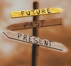 Le passé me manque, le présent m'ennuie, le future me terrorise