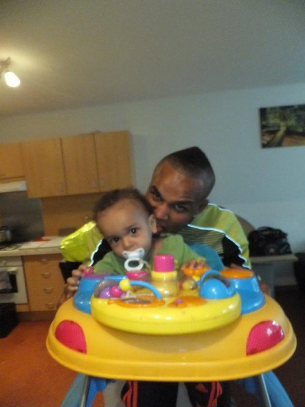 Bébé cheez papa <3