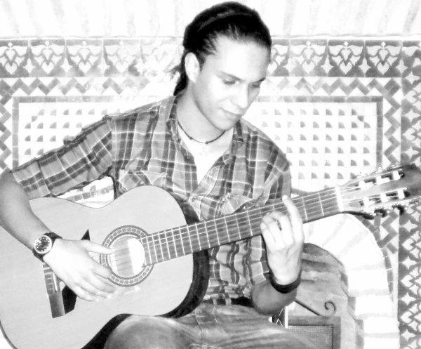 IL Etait Une Fois Un Jeune Guitariste...