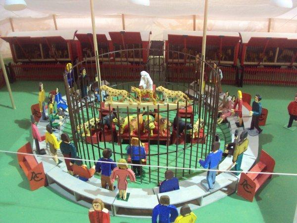 salon de la maquette du cirque au cirque d'hiver bouglione