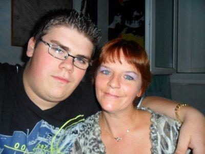 Mwa & Ma Mère:)