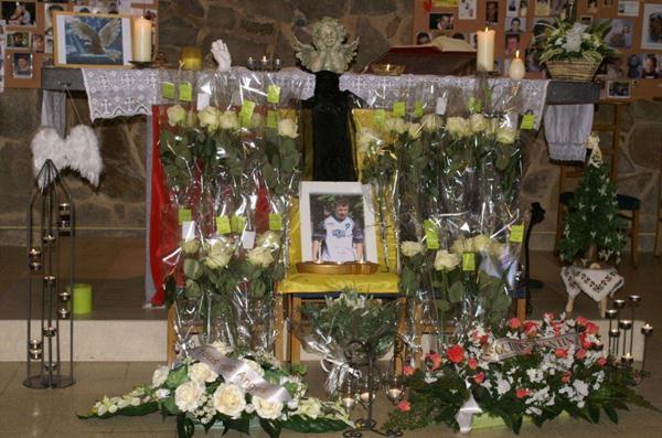 A LA CHAPELLE NOTRE DAME EN CHEMIN DE BONCELLES CE 30 MARS 2012
