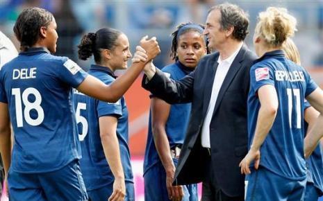 Pause interview avec Bruno Bini, Sélectionneur de l'équipe de France de Football Féminine