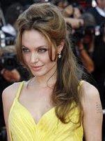 Jessica Alba vs Angelina Jolie