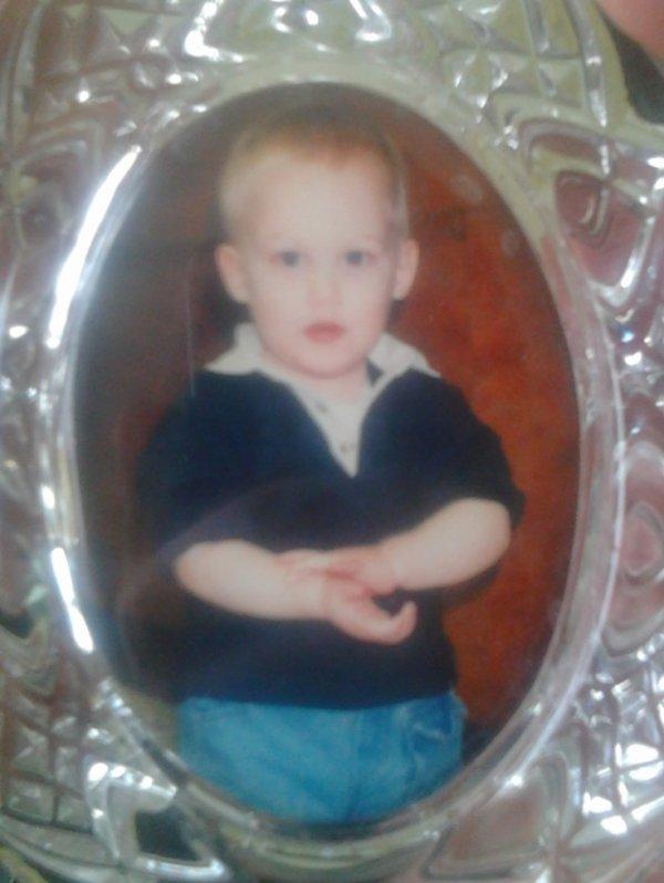 A cet âge là, je faisait une connerie j'en était fier... mais contrairement à certains, j'ai grandit !