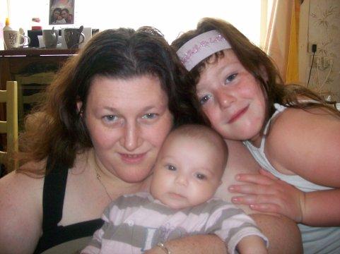 voila moi et ma fille emilie et ma fieul