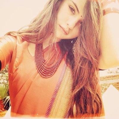 Selena - Voyage - Instagram
