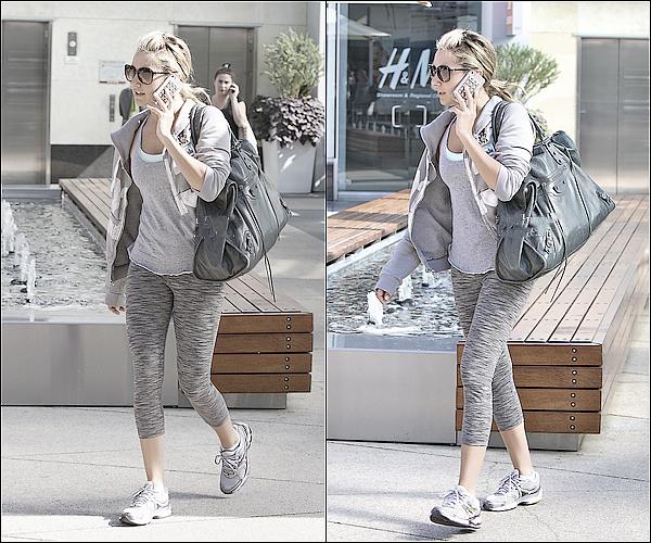 31/10/2011 ▬ _Miss Tisdale a été aperçue arrivant à la salle de gym Equinox se trouvant dans West Hollywood.