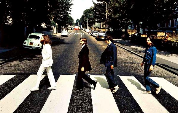 Un jour j'irais a Abbey Road avec toi, toute une nuit pour rêvée.. ♥.