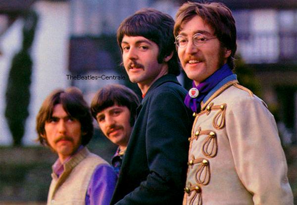 Les excès de la période Beatlemania auraient pu nous réduire tous les quatre en cendres. Grâce à je ne sais trop quoi qui tient à  notre enfance, à notre éducation en milieu ouvrier, peut-être à  notre humour un peu particulier de rockers liverpudliens, on y a survécu. Plutôt pas mal, finalement quand on songe à  tellement d'autres figures des années soixante.. ! Paul McCartney, 1993