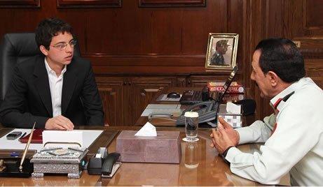 Actualité du 23/04/2012 : Le prince en visite chez les forces armées royales...