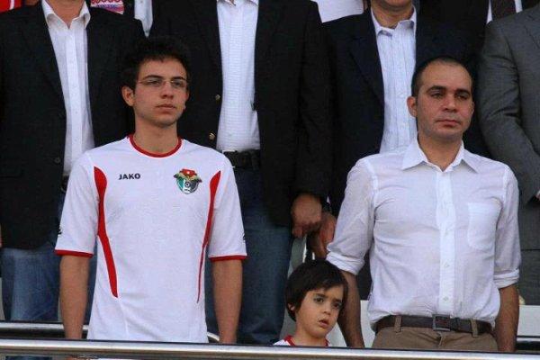 Actualité du 03/06/2012 (Le prince au stade)