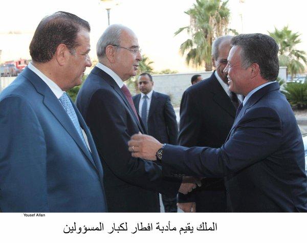 Actualité du 23/07/2012 (Le roi , le prince héritier et les hauts fonctionnaires)