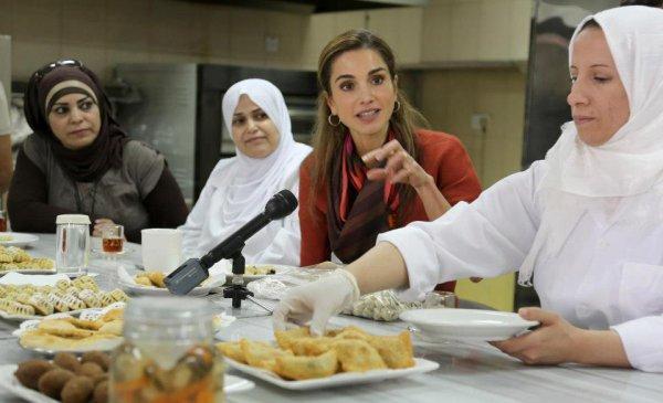 Actualité du 03/09/2012 (La reine Rania visite le centre Karma)