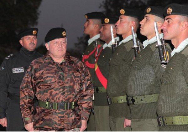 Actualité du 06/02/2013 (Le roi et l'armée)