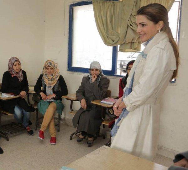 Actualité du 11/02/2013 (La reine Rania inaugure)