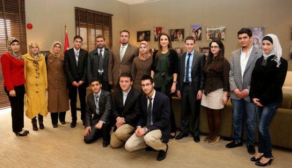 Actualité du 13/02/2013 (La reine Rania et les éudiants)