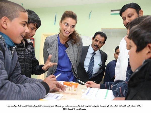 Actualité du 16/04/2013 (La reine Rania au collège)