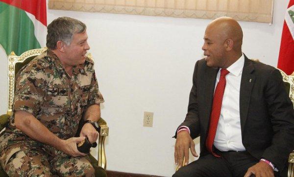 Actualité du 27/04/2013 (Le roi à Haiti)