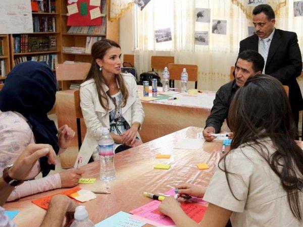 Actualité du 12/05/2013 (La reine Rania et les écoles)