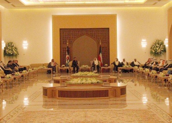 Actualité du 31/07/2013 (Le roi au Koweit)