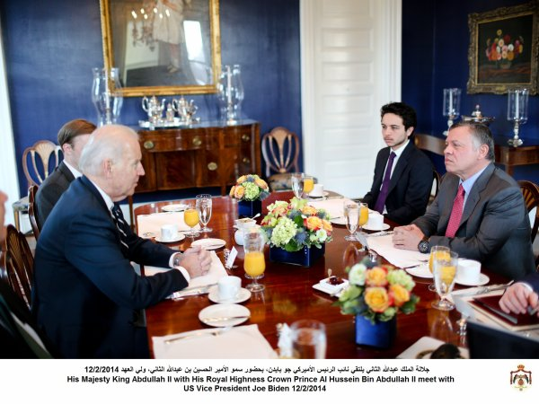 Actualité du 12/02/2014 (Le roi et le prince héritier rencontrent)