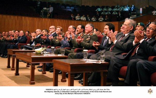 Actualité du 10/06/2014 (Le roi, le prince héritier et la fête de l'armée) (1/2)