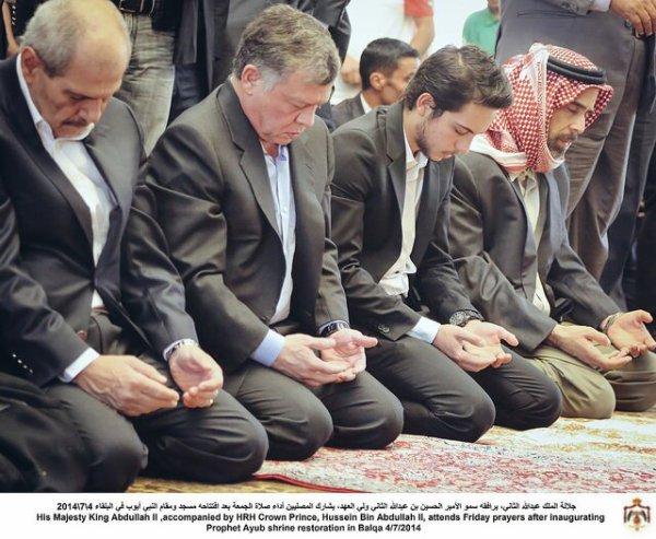 Actualité du 04/07/2014 (Le roi,et le prince héritier inaugurent)