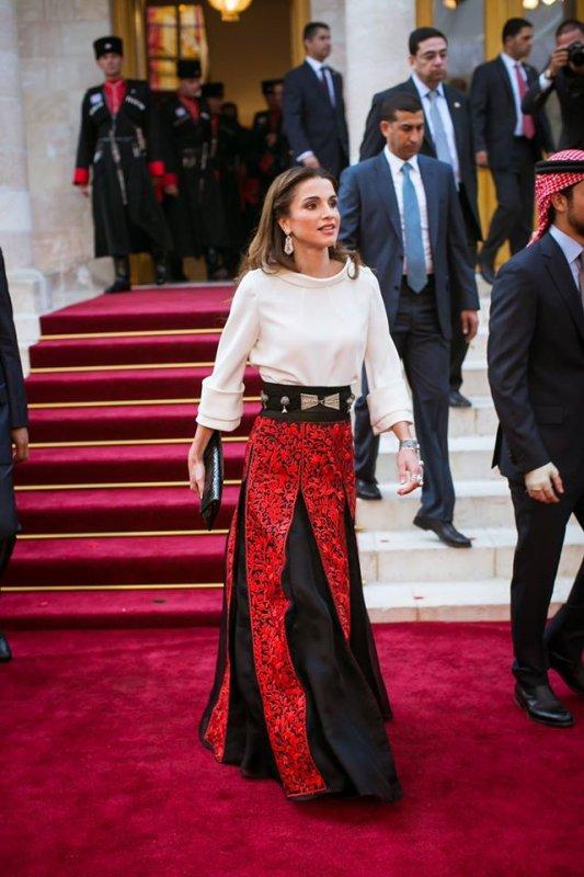Photos : La Reine Rania de Jordanie à la 69ème fête de l'indépendance Jordanienne