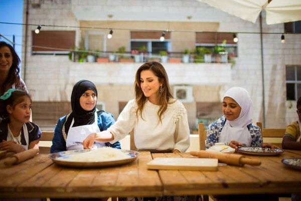 Actualité du 30/08/2015 (La reine Rania et les orphelins)