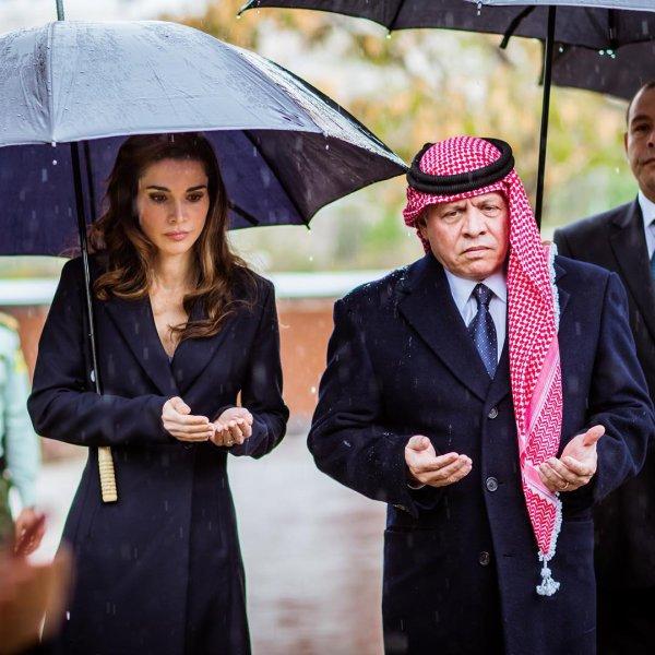 Actualité du 09/11/2015 (Le roi et la reine commémorent)