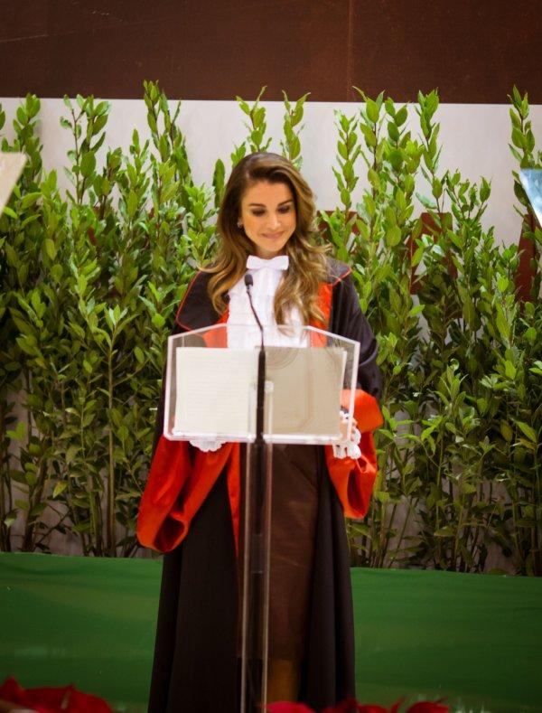 Actualité du 10/12/2015 (La Reine Rania à Rome)