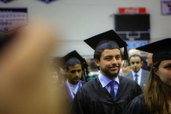 Le prince Hussein de Jordanie diplômé !