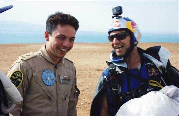 Photos : Prince héritier Hussein bin Abdullah II et la Redbull team