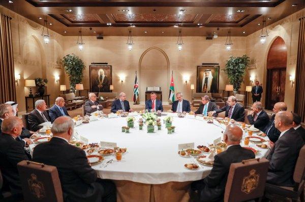 Actualité du 07/06/2017 (Le roi en meeting)