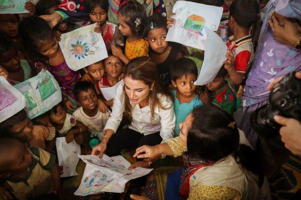 Actualité du 23/10/2017 (La Reine Rania au Bangladesh) (1)