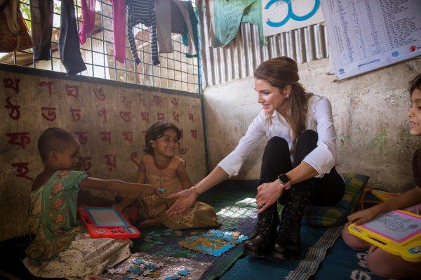 Actualité du 23/10/2017 (La Reine Rania au Bangladesh) (2)