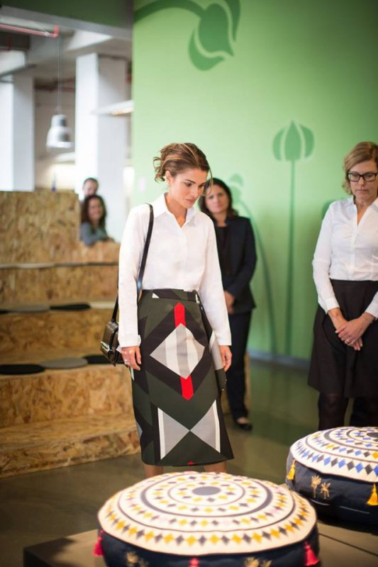 Actualité du 05/12/2017 (La reine et le partenariat IKEA-JRF)