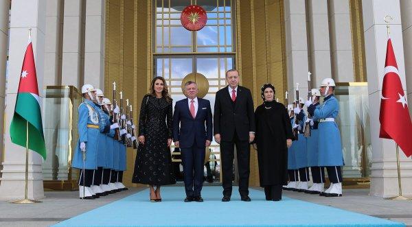 Actualité du 06/12/2017 (le Roi en Turquie)