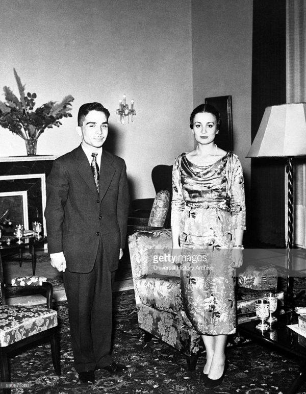 Sharifa Dina bint Abdul-Hamid