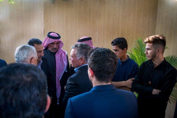 Actualité du 21/08/2018 (le roi, le prince héritier à la mosquée)