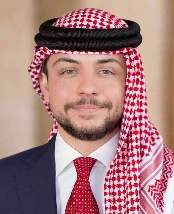 Portraits officiels du Prince Héritier Hussein de Jordanie