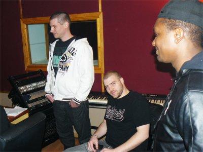 Holdem, Mesk & Negro 94 de M.H.N session studio